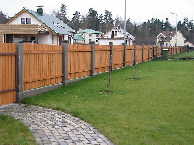 Как сделать ограду на даче