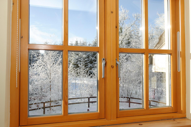 Установка деревянного окна своими руками видео фото 837