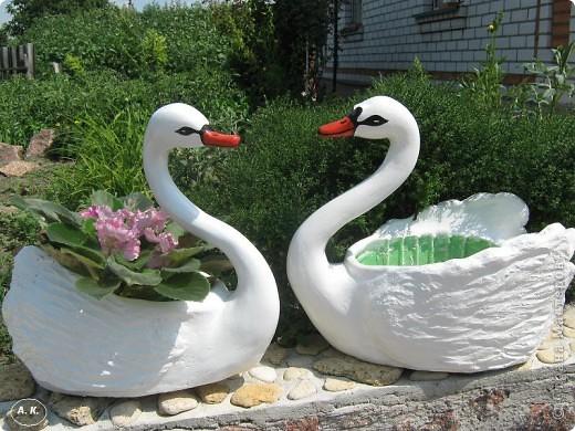 Лебедь из бутылок. Птицы своими руками 33