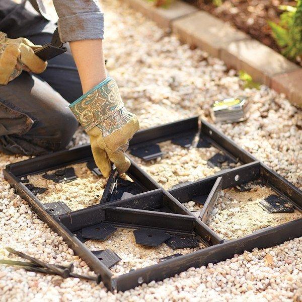 Как самому сделать формы для садовых дорожек  379