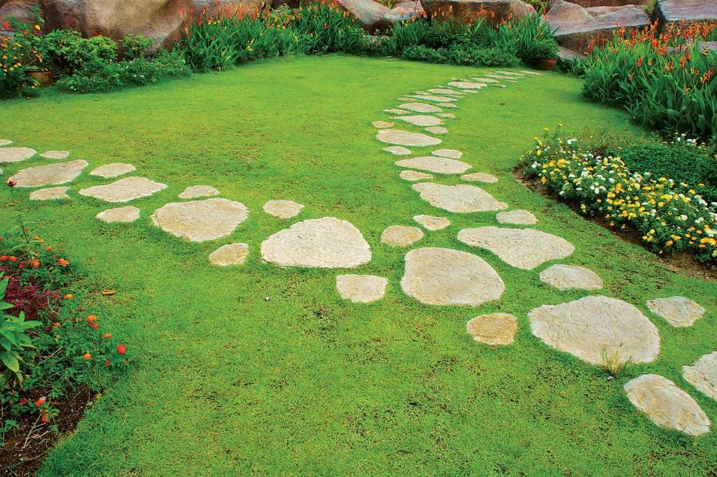 Тротуары в саду своими руками 40