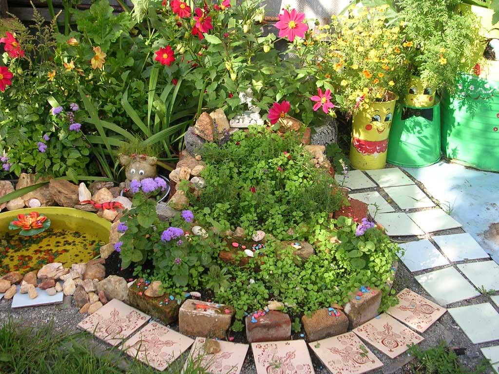 цветы, цветник, оформление дачного участка схема