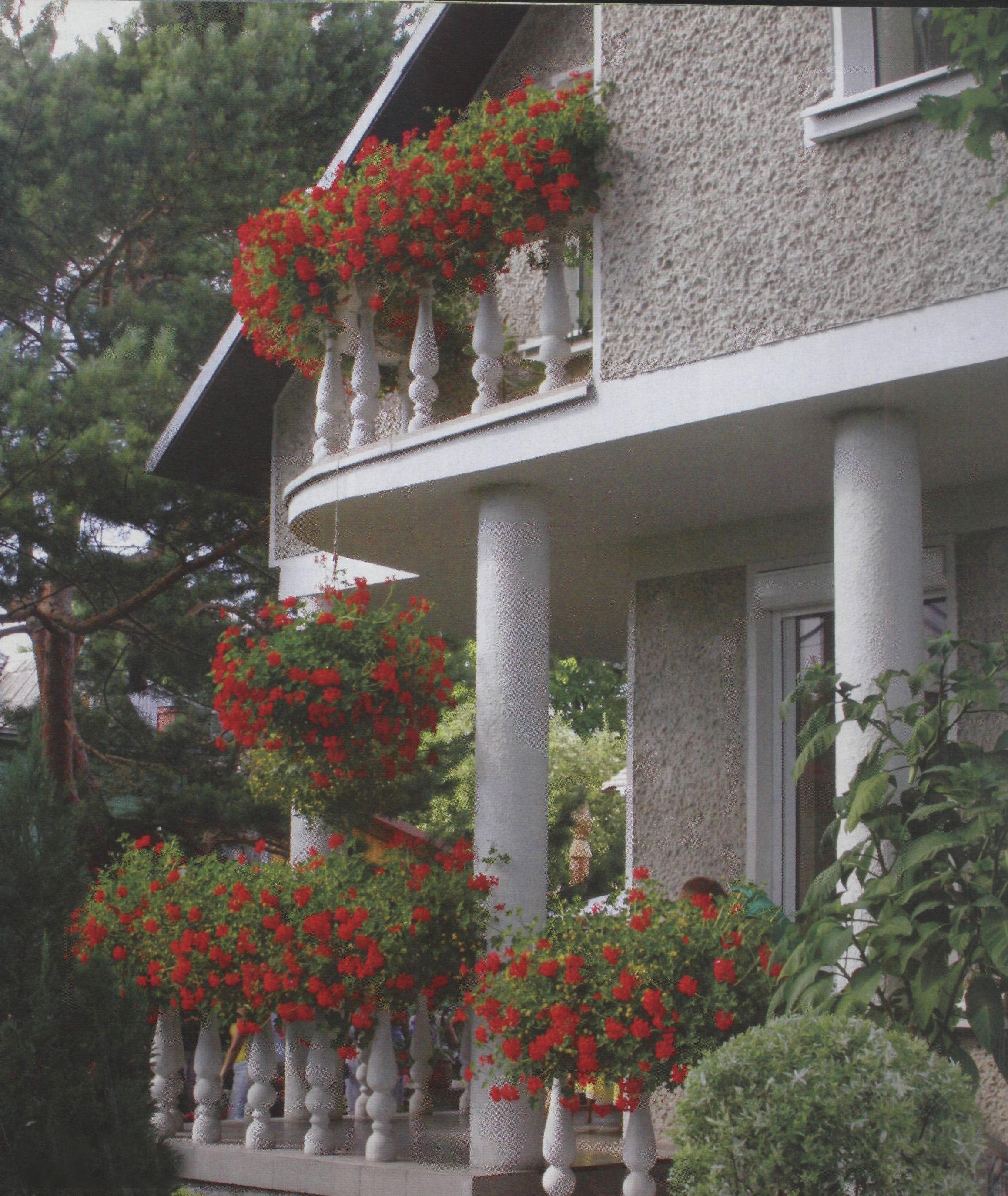 Обустройство балкона на даче..