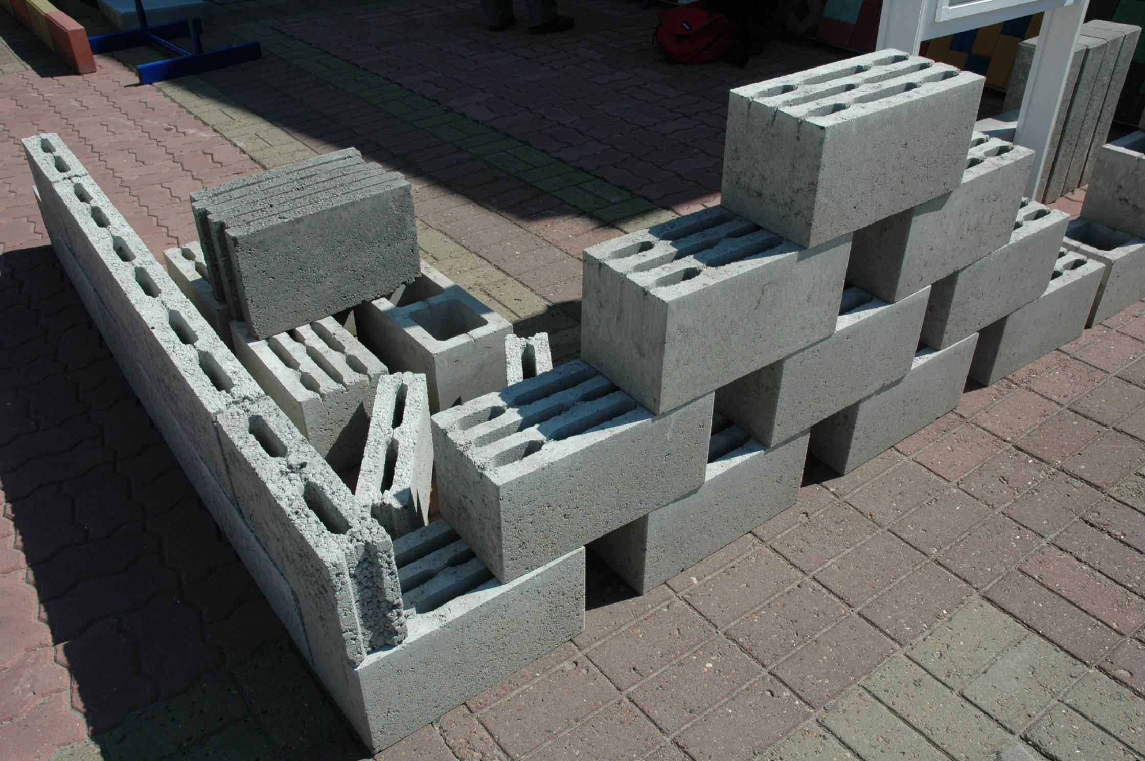Как делать блоки дома