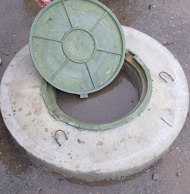 Сделать бетонную крышку на кольцо