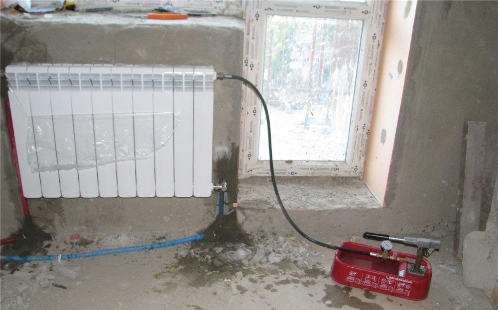 Как заполнить биметаллический радиатор водой