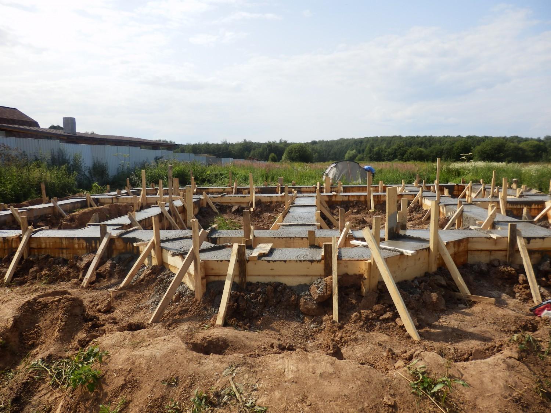 Как залить фундамент под строительство дома 59